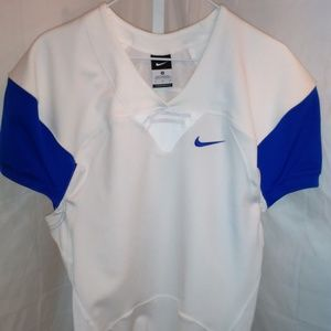 Ladies Nike Athletic Sport Style Shirt (M)